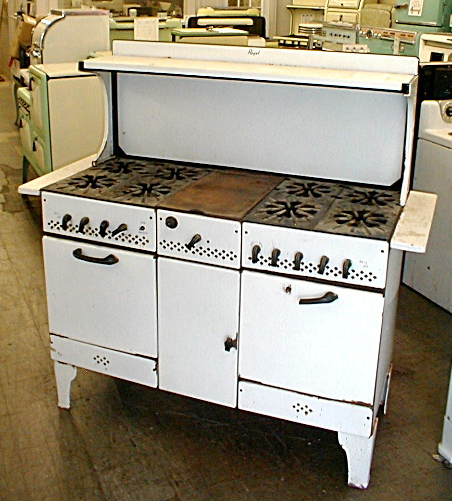 1931 Royal Gas Stove