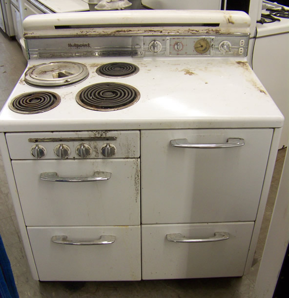 1948 Hotpoint Electric Stove