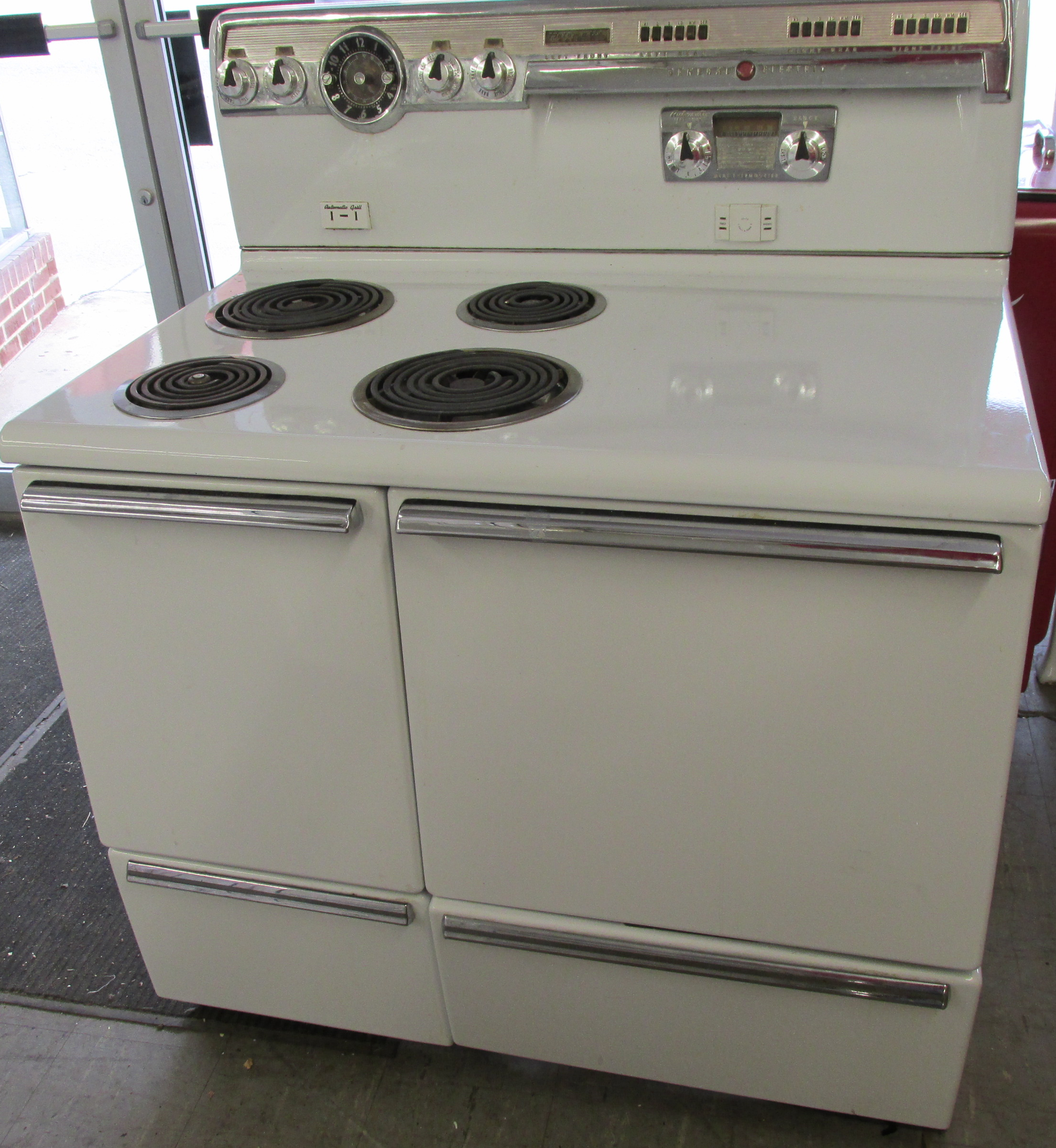 1955 GE Electric Stove