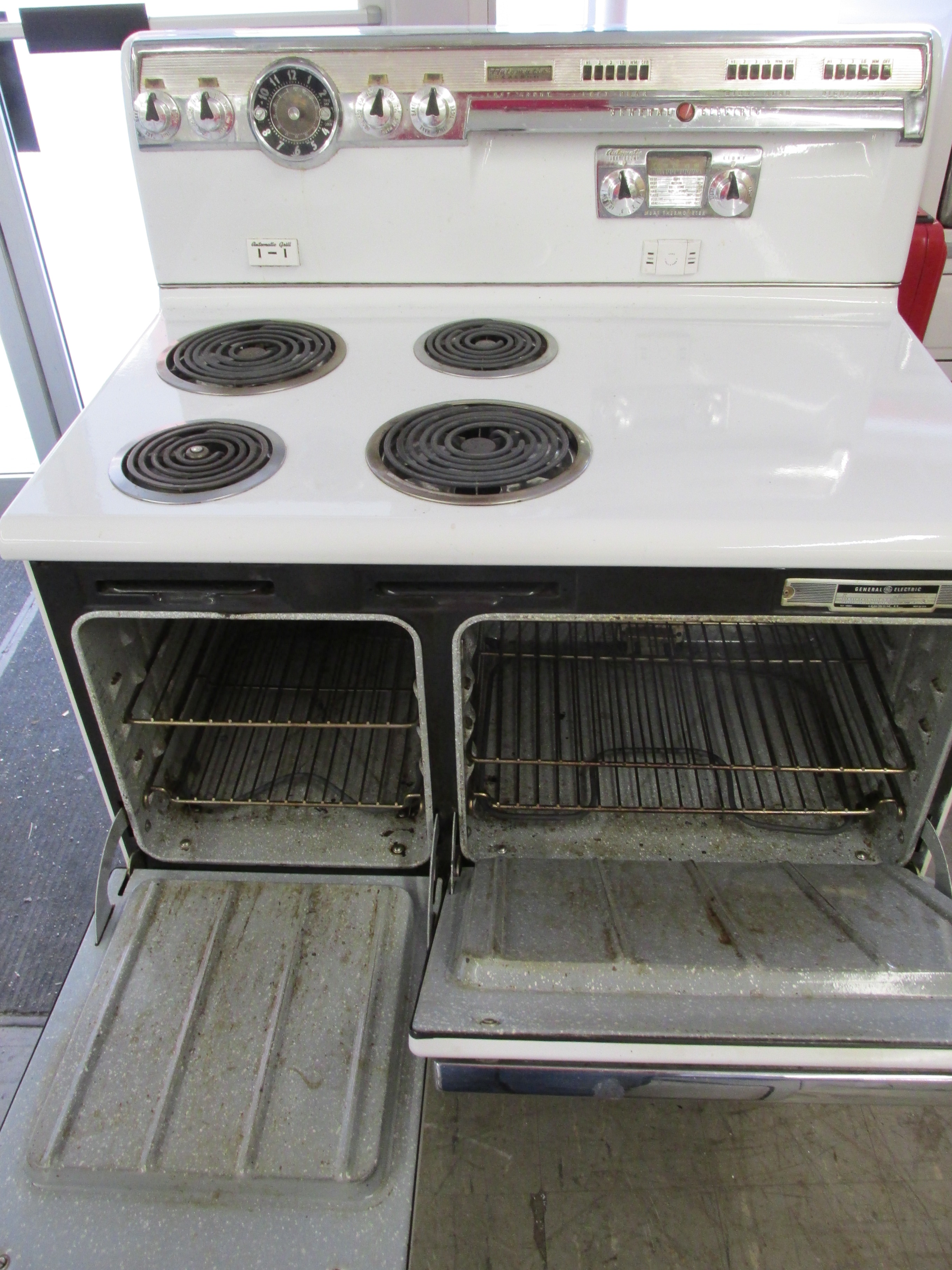 Are Vintage Electric Stoves Safe ~ Unrestored antique stoves