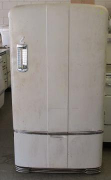1941 Leonard Refrigerator