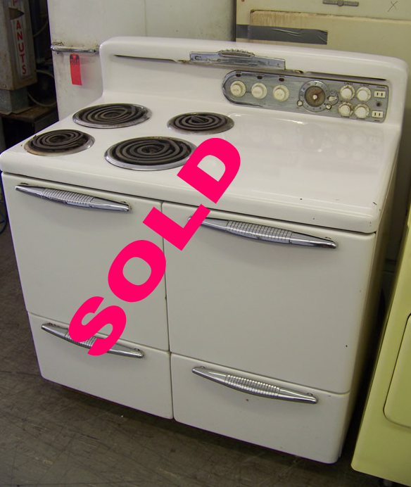1948 Cromwell Double Oven Electric Stove</p><h3>SOLD</h3><br>
