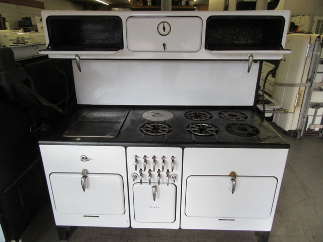 This Stove Is Truly A One Of A Kind During All Our Years Of Restoring Antique Appliances We Have Never Seen A Chambers Like This One Features  E2 80 A2 5 Burners