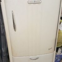 1941 GE Refrigerator for Sale