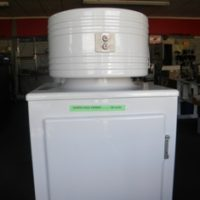 GE monitor top refrigerator CK1-C16, 1936 model. Completely restored, like new.
