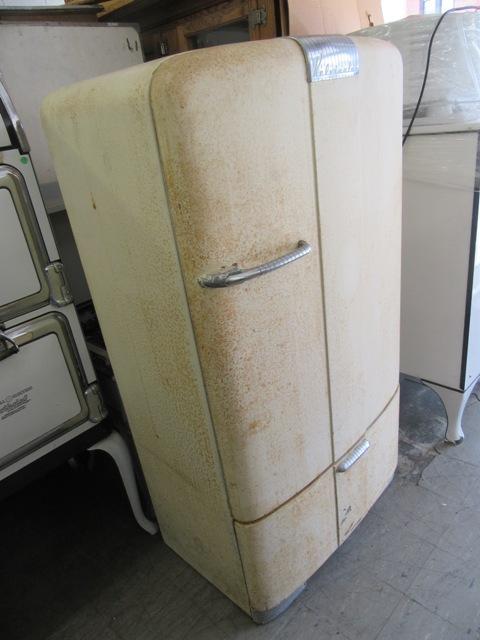 1947 Kelvinator Antique Appliances