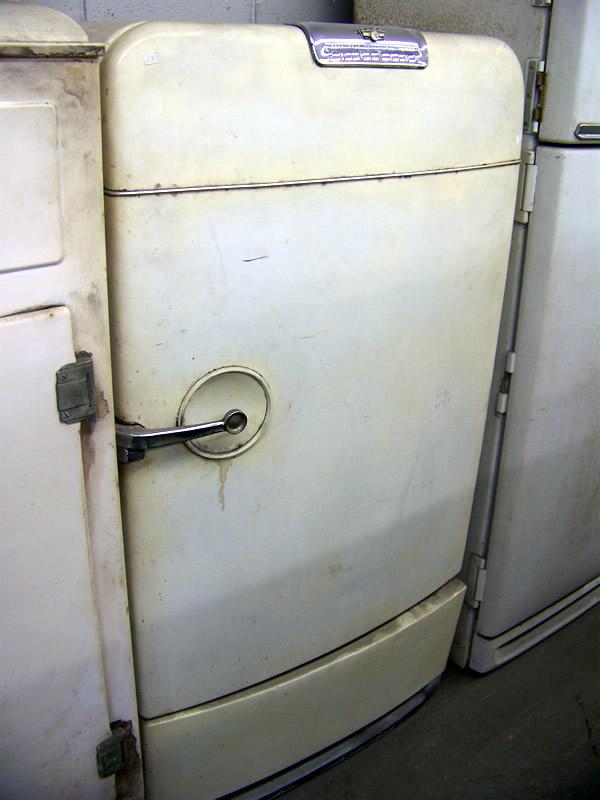 1950 Frigidaire Antique Appliances