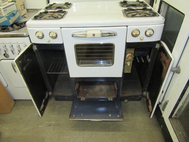 1952 Tappan Gas Stove Antique Appliances