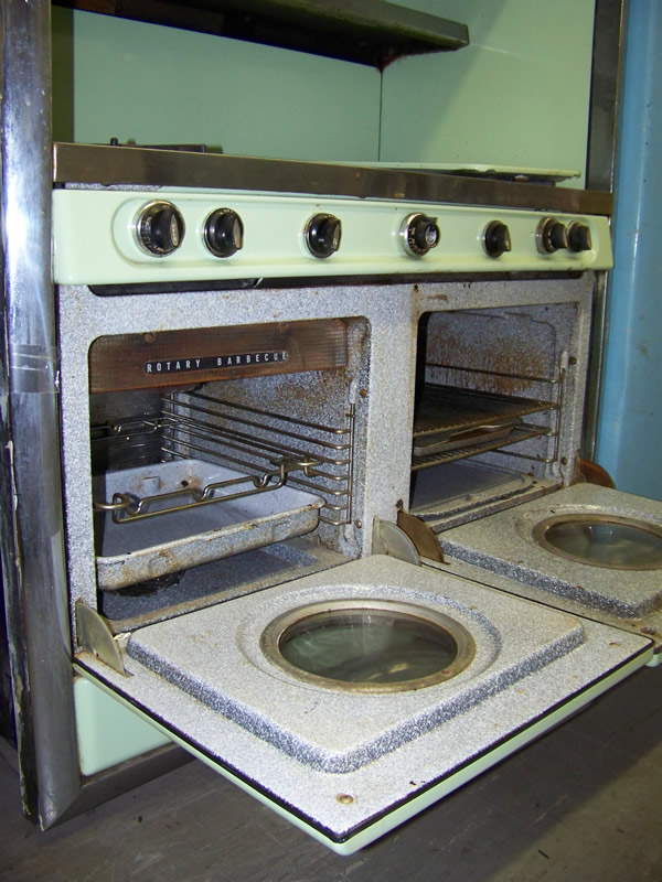 1953 Western Holly Antique Appliances