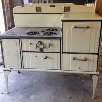Occidental Gas Stove