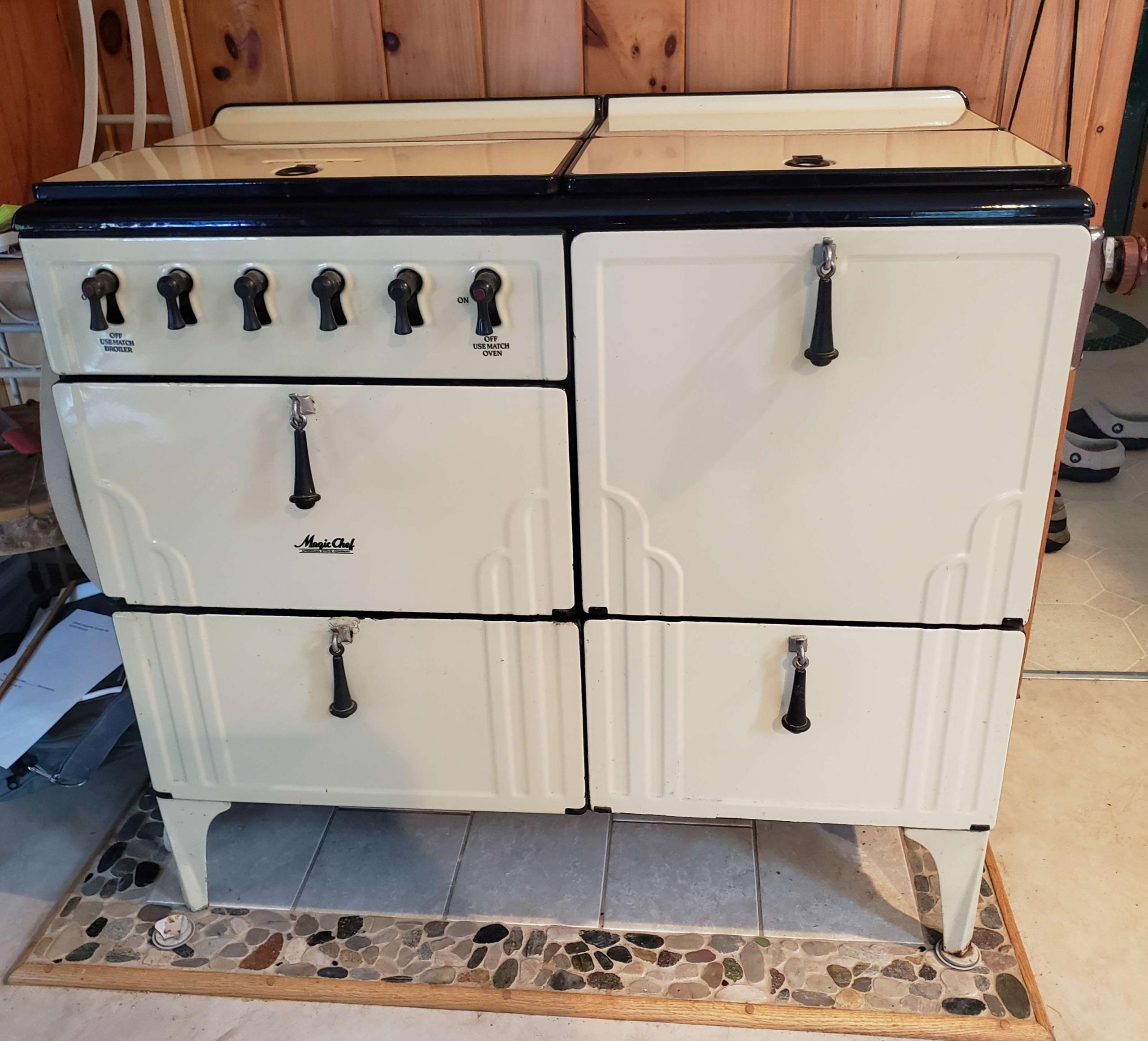 1930's Magic Chef gas stove